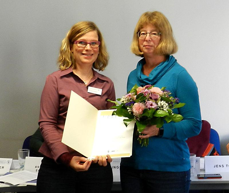 DKSB Bayern Herbst-Mitgliederversammlung: Katrin Kordes erhält Goldene Ehrennadel